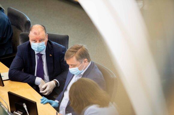Lietuvoje oficialiai atšauktas karantinas: ekspertai įspėja – švęsti dar gerokai per anksti