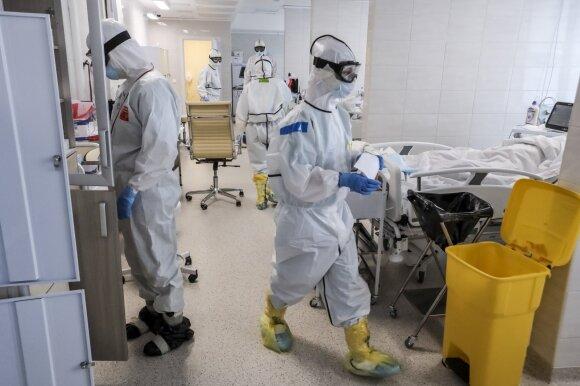 Rusijos medikas apie nevaldomą padėtį ligoninėse: visi mano draugai, 80 proc. kolegų serga