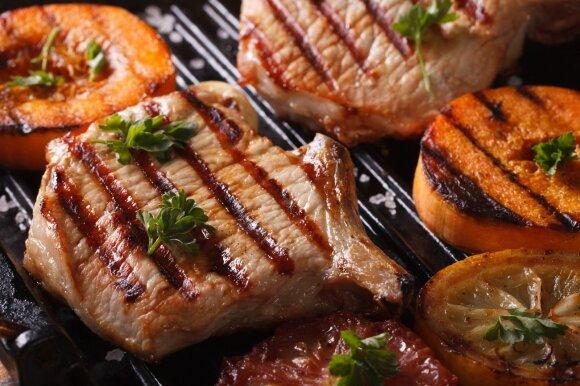 Daugiau nebereiks sukti galvos: marinatai, kurie mėsai suteiks ypatingo skonio