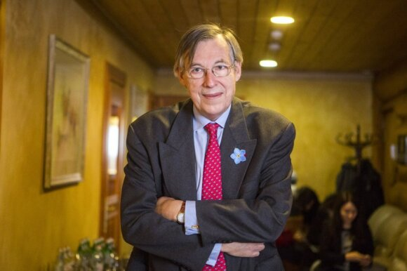 Francois Heisbourgas