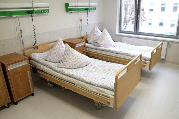 Kauno klinikose – karas dėl milžiniškos vertės pirkimo: tūkstančiai sergančiųjų vėžiu tapo valdininkų kovos įkaitais