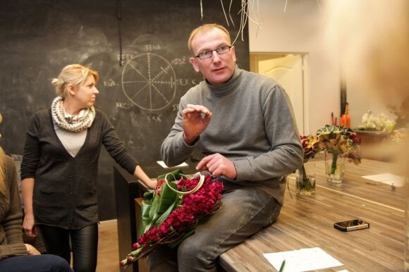 Floristas M. Gvildys: kaip nesuklysti renkantis gėles savo mylimajai