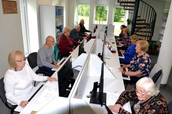 Pagėgių krašto gyventojai mokosi skaitmeninio raštingumo. Bibliotekos archyvo nuotrauka