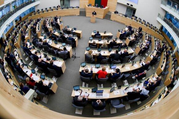 Vėlinių išvakarėse Seime tyliai įregistruotos pataisos: neperrinktiems parlamentarams – renta iki gyvos galvos