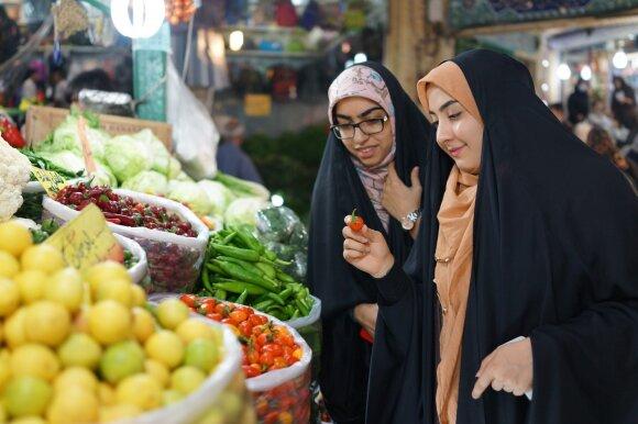 Iranietės turguje
