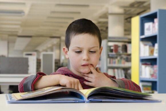 Knygų apžvalgininkas: skirstydami knygas į mergaitiškas ir berniukiškas, darome didžiulę skriaudą vaikams
