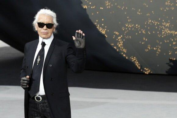 Mirė mados legenda Karlas Lagerfeldas