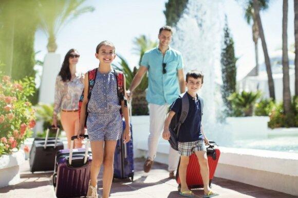 Kelionė su vaiku: ką žinoti, kad atostogos nevirstų košmaru