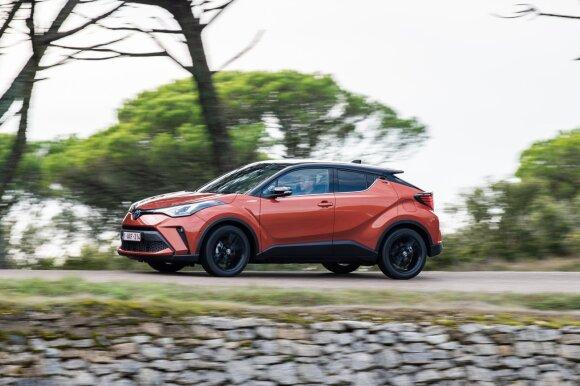 "Atnaujinto ""Toyota C-HR"" testas"