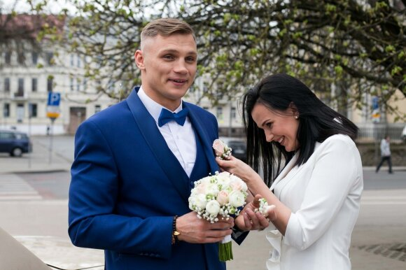 Nuo sugrįžimo į MMA neatkalbėjo nė žmona – Maslobojevas nori tapti universaliu kovotoju