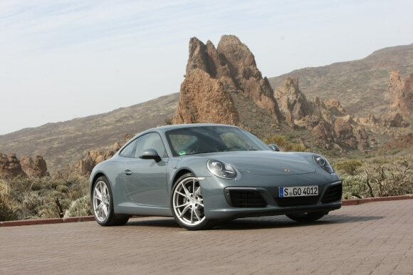 """Porsche 911 Carrera"""