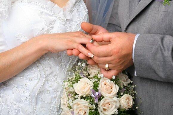 Pasiūlė išeitį vienišiams: čia galės rasti padorų vyrą ar žmoną