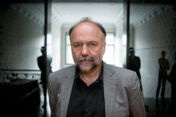 Андрей Курков: ТВ России круглые сутки угрожает безопасности Украины