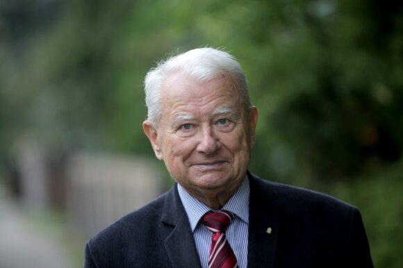 Infektologas, LSMU profesorius Alvydas Laiškonis