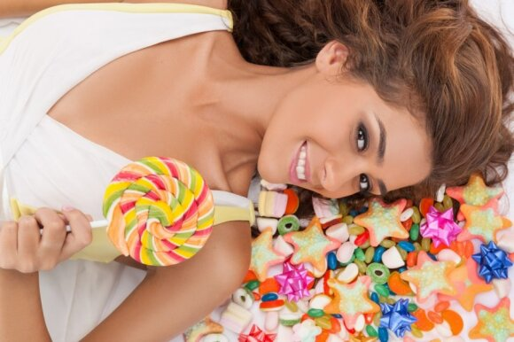 6 paprasti patarimai, padėsiantys atsisakyti saldumynų