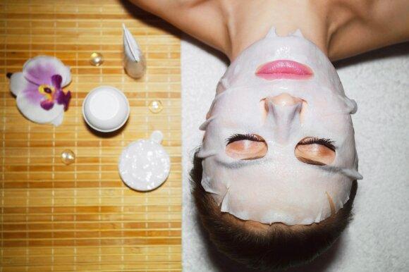 Pagrindiniai akcentai, kaip rūpintis riebia oda naudojant vien tik natūralias priemones