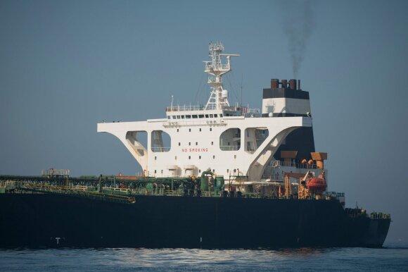 Istoriniai pokyčiai laivybos pramonėje: darys įtaką ir krovinių pristatymo laikui, ir kainoms