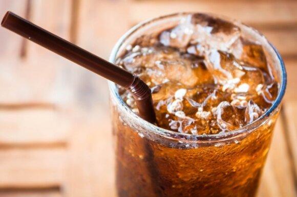 Kuo atsigaivinti vasarą: ne visi gėrimai tokie nekalti, kaip atrodo