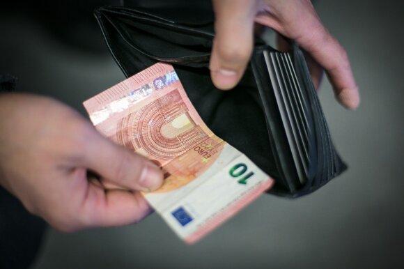 Žmonėms davė pinigų už nieką ir pastebėjo netikėtą efektą