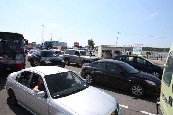 Automobiliai Kuršių nerijoje