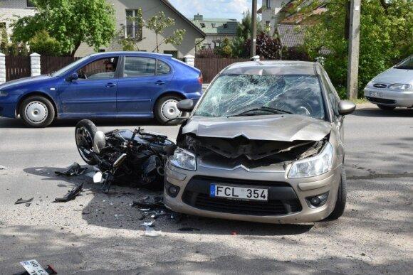 Į paskutinę kelionę bendramintį palydėję motociklininkai: per akimirką svajonės sudužo į šipulius
