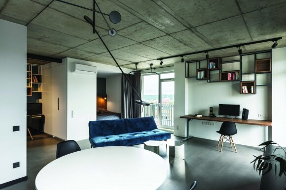 55 kv.m butas Vilniuje: namai – kaip veidrodis