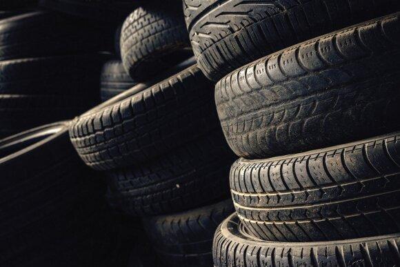 Pasiryžo sumažinti senų padangų kiekį – gumą naudos greitkelių tiesimui