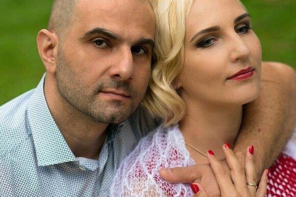 Alfonso Poccia su žmona