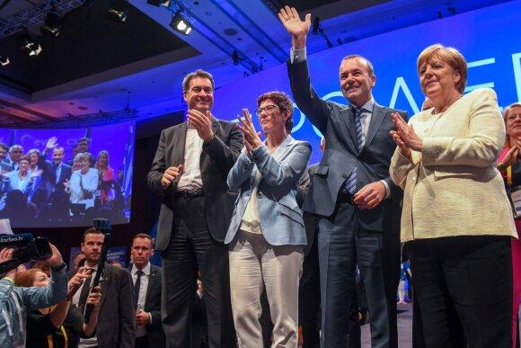 Europoje baigėsi EP rinkimai: pergales švenčia ir euroskeptikai, Le Pen laimėjo prieš Macrono judėjimą