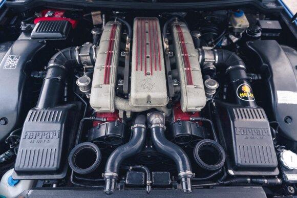 Bandys susitarti su Europa: nori superautomobilių gamintojus apsaugoti nuo artėjančios vidaus degimo variklių eros pabaigos