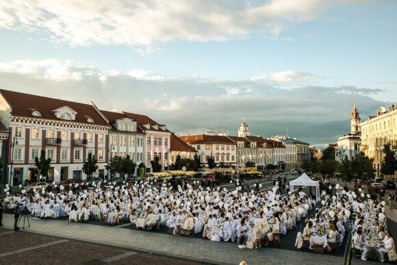 """Iššūkis """"Baltosios vakarienės"""" organizatoriams – išsaugoti šventės paslaptis"""
