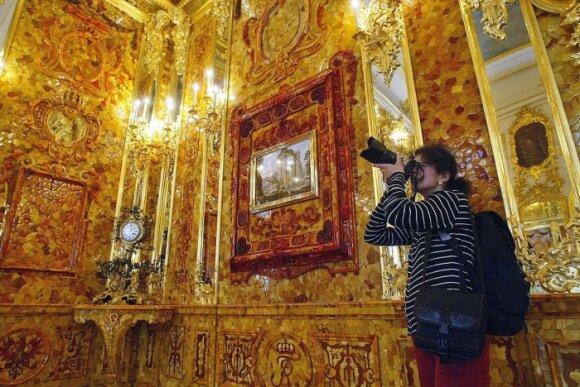 Atkurtas Gintaro kambarys Sankt Peterburge
