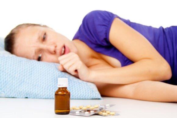 Serganti mergina vartoja vaistus