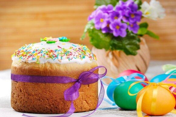 Trys velykinių pyragų receptai