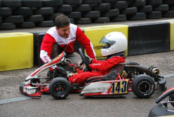 Devynmetis Simas Veršickas debiutiniame kartingo sezone sieks čempiono titulo