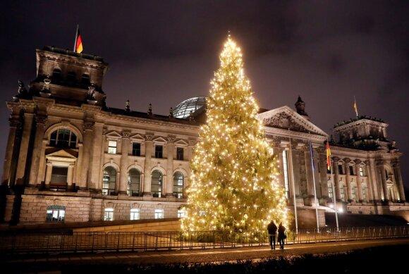 Kalėdų eglė prie Reichstago, Berlyne