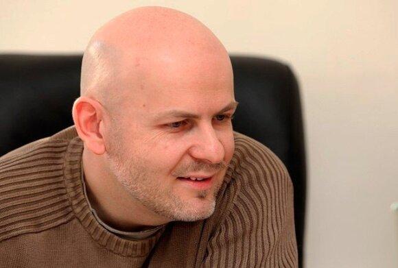 В Киеве убиты известный журналист Сухобок и писатель Бузина