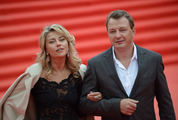 Maratas Bašarovas su buvusia žmona
