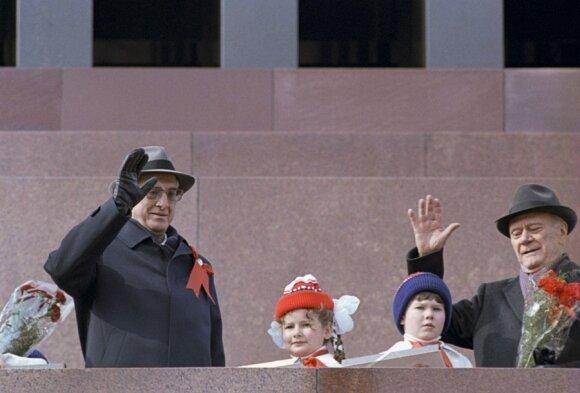 Tragedija, parodžiusi visą Šaltojo karo baisumą: kaip sovietai numušė keleivinį lainerį