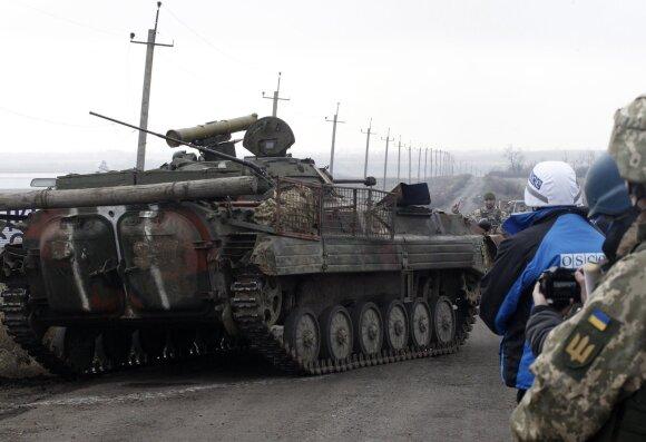 Ukrainos kariuomenė surengė Donbase tankų pajėgų mokymus