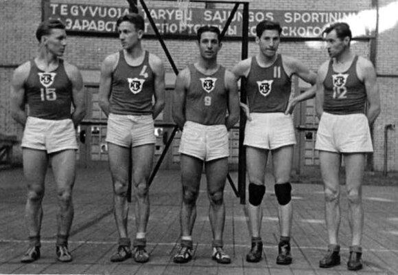 Lithuanian players in 1947 - Kazimieras Petkevičius (15), Stepas Butautas (4), Justinas Lagunavičius (9), Vincas Sercevičius (11), Vytautas Kulakauskas (12). Photo courtesy of the Kaunas library.
