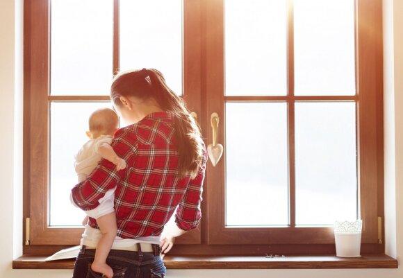 Psichologė – apie moters tapimą mama: tarp vienatvės ir visuomenės spaudimo