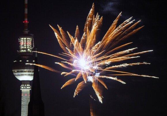 Kaip Naujuosius metus pasitinka didžiausi Europos miestai?