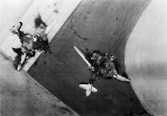 Sunaikinti Egipto lėktuvai MiG-21