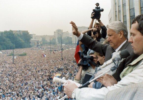 Borisas Jelcinas pučo Rusijoje metu