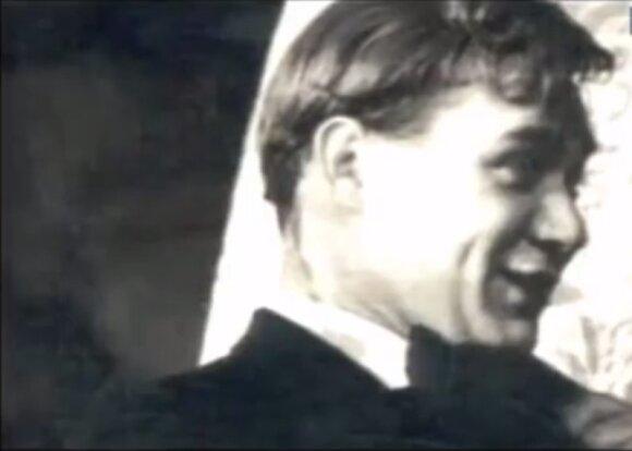 Už Jevgenijaus Leonovo šypsenos – vienatvė, meilės ilgesys, kompleksai ir baimės