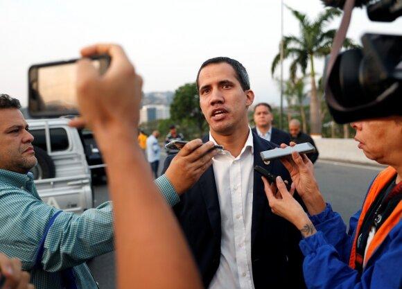 Venesuelos opozicijos lyderis skelbia apie perversmą
