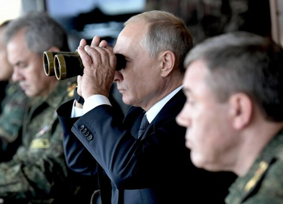 Sergejus Šoigu, Vladimiras Putinas, Valerijus Gerasimovas