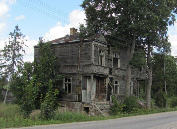 Apleistas muitinės pastatas