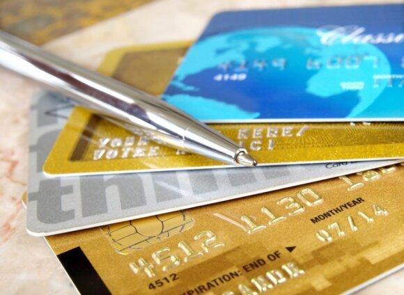 Į bankomatą įnešęs pinigus vyras apstulbo: mokesčiams atseikėjo 300 eurų